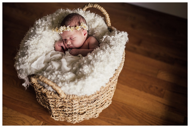 Best Kelowna Newborn Photographers Barnett Photography In Home Session_0192
